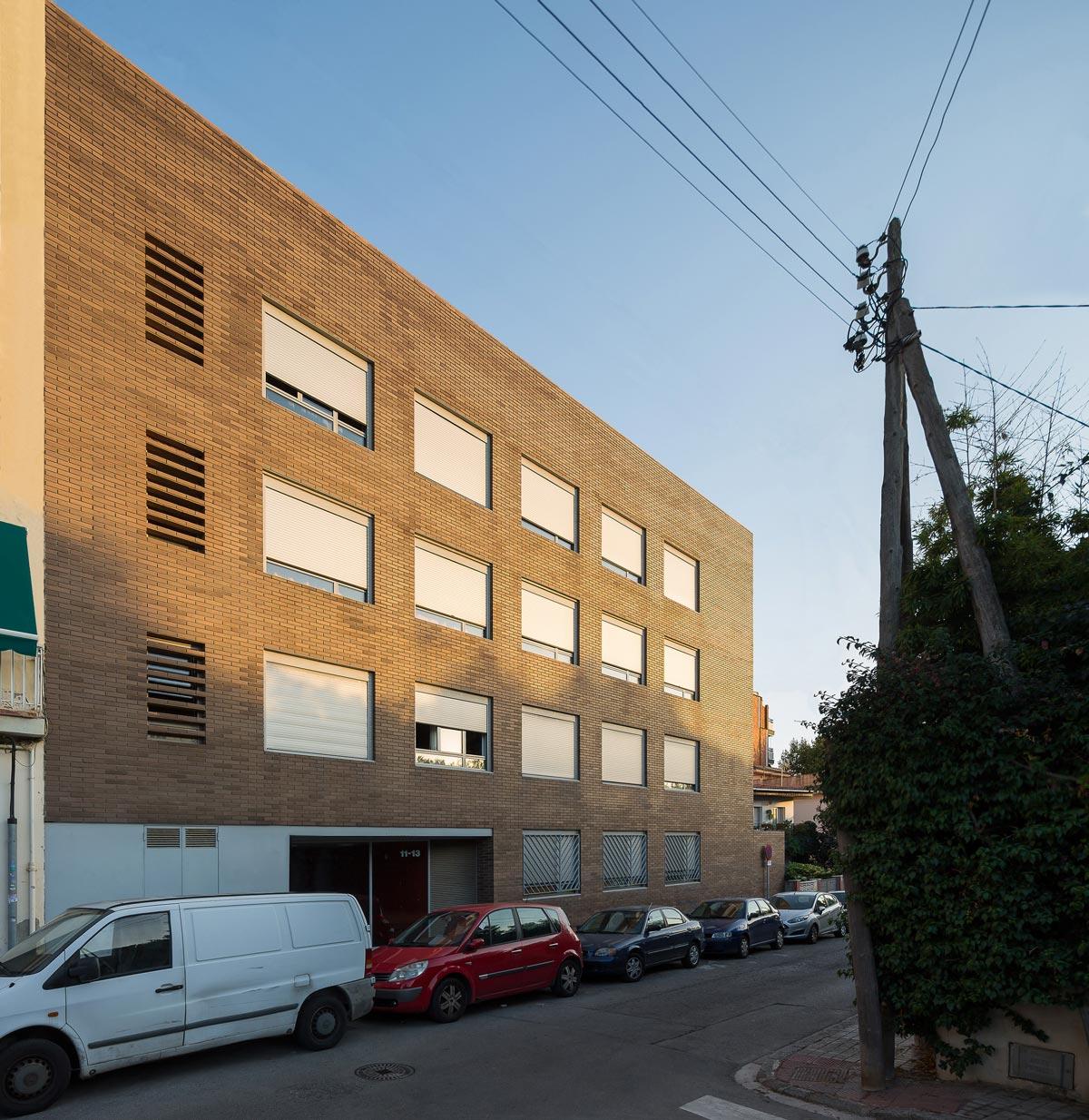 Vista general, 23 habitatges, Narcís Monturiol 11-13, premià de mar