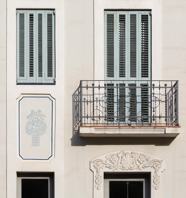 Detall façana,10 habitatges a horta guinardó, carrer Mare de deu de montserrat, barcelona