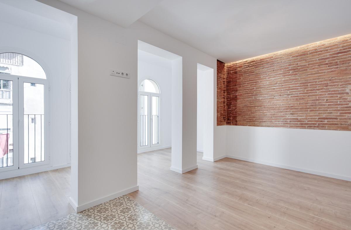 menjador, 5 habitatges al carrer Guilleries Barcelona