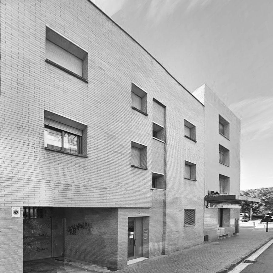Edifici plurifamiliar, 5 habitatges, carrer Pare Marxena, Cornellà de Llobregat
