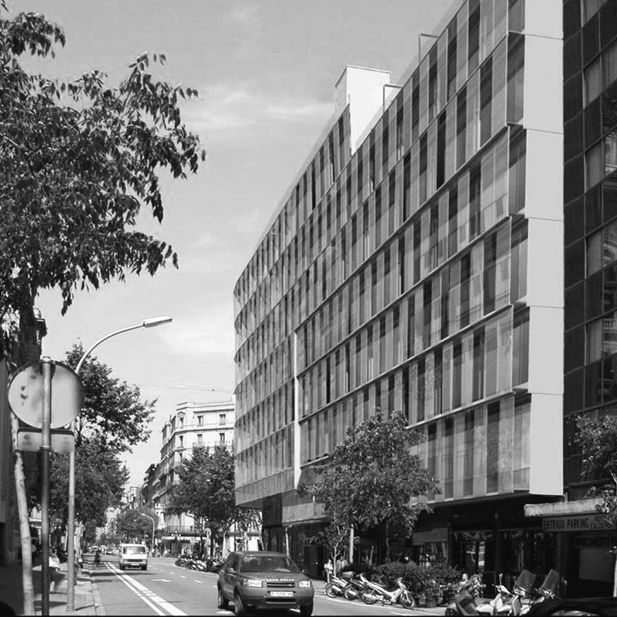 Reforma façana, edifici oficines, carrer Diputació, Barcelona