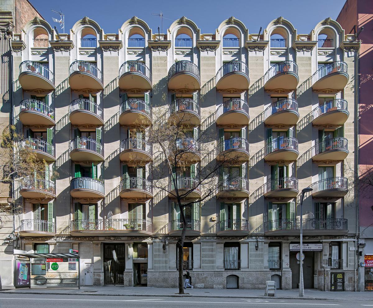 façana principal habitatges carrer Aribau 226-228, Barcelona